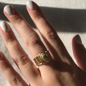 18k yellow gold cameo ring adjustable sizer